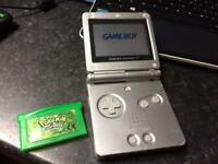 Gameboy Advance SP + Pokemon Leaf Green Official Cart