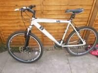 Diamond back mountain bike front suspension 26tyres