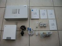 BT Home Hub 1.0 Wireless Router White and many accessories