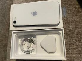 iPhone SE 2020 64gb white unlocked Pay&Go brand new