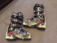 Men's ski boots size 9 1/2 to 10