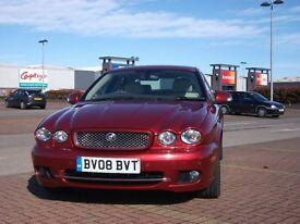 Jaguar X Type Sovereign 08. Only 47,780 miles Full Jaguar Service History Cream Interior.