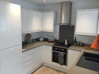 SB Lets are delighted to offer a luxurious 4 bed house in Central Brighton Close to Brighton Uni