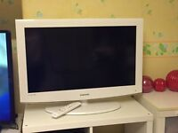 Samsung 32 inch LED TV for sale White and matching DVD player