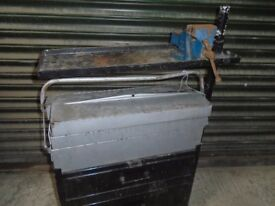 tool box trolley and vice