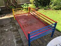 Single bed frame (suitable for children)