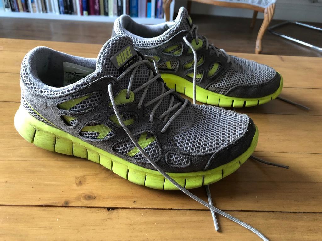 5fb4a3d4abd3 Ladies Nike Free Run 2 trainers