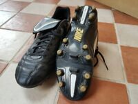 Nike Tiempo football boots size 9uk