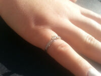 NEW 18K white gold ring 0.40ctw Natural Diamonds Size= i Certificate Available. RETAIL VALUE $1,890