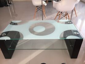 Black / White Contemporary Coffee and 2x Side tables