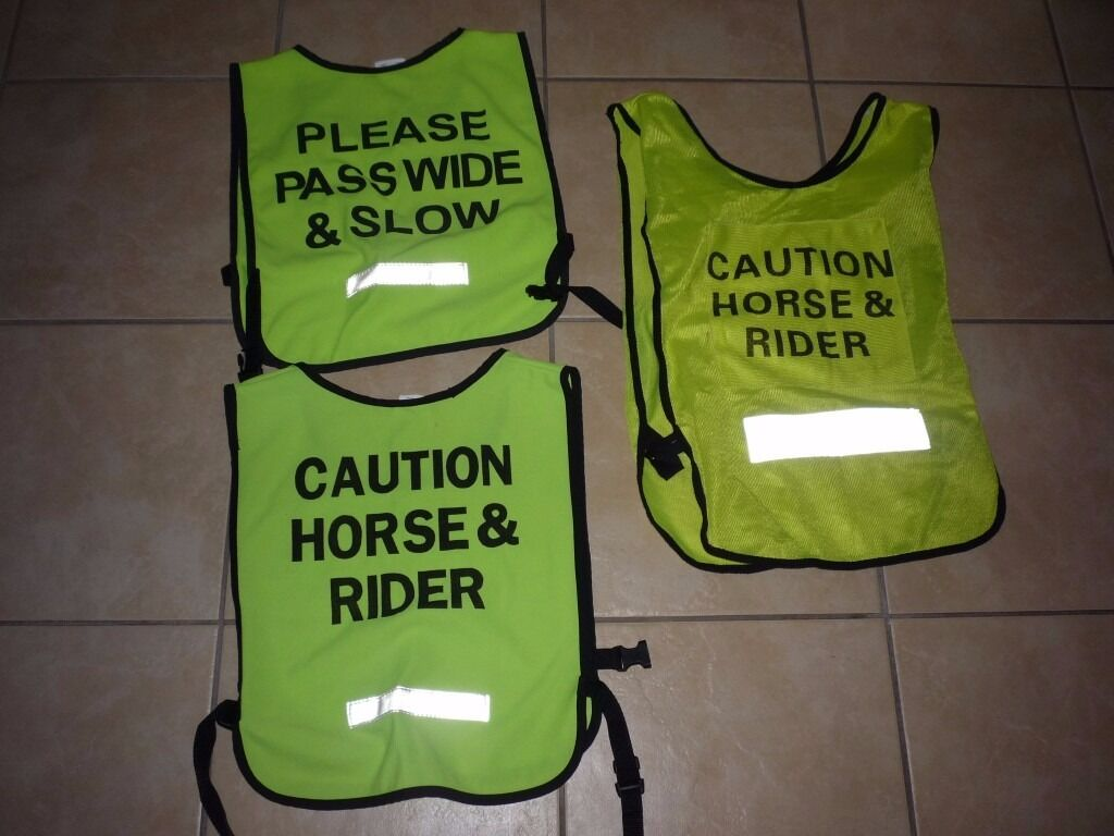 REFLECTIVE RIDING SAFETY VESTS X3 SIZE MEDIUM £5