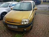 Renault clio, 1.4 petrol 340£