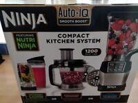 Ninja Compact Food Processor with Auto-iQ and Nutri Ninja 1200W – BL490UK2
