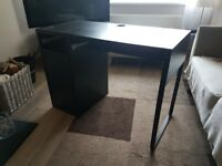 Black desk for sale Good condition