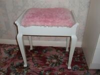 White Wood piano stool