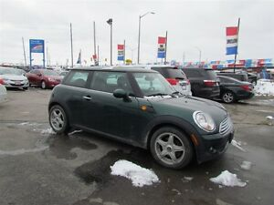 2010 MINI Cooper | LEATHER | ROOF London Ontario image 4