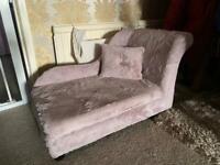 Mini chaise lounge dusky pink faux fur mini sofa
