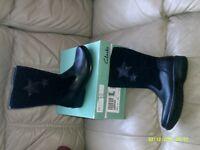 Girls Boots. Clarks Daisy Elf, Size 12 & a half G.