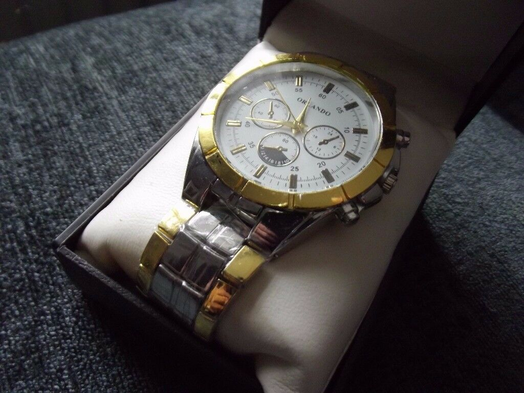 Smart Mens Watch BRAND NEW and BOXED