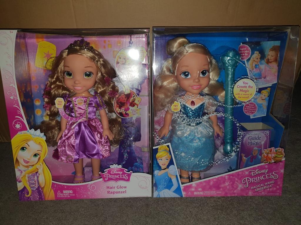 Disney Princess Magical Cinderella And Hair Glow Rapunzel Doll
