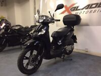 Peugeot Tweet 125cc Automatic Scooter, Back Box, Windshield, Excellent Cond, ** Finance Available **