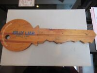 Dereham Operatic Society, Billy Lair March 6-9 1985 wooden key with cast signatures