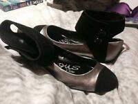 BRAND NEW River Island flat shoes size 6