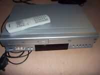 toshiba dvd player / video cassette recorder