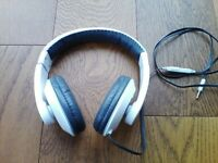 URBAN BEATZ WHITE HEADPHONES