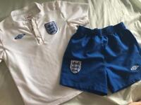 England kit / shirt age 4-5