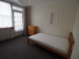 CENTRAL WATFORD: BRIGHT DOUBLE ROOM TO LET