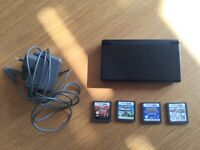 Mint condition Nintendo DS with 4 games for only £40