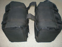 Motorcycle twin panniers/luggage saddlebags