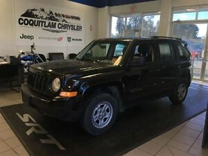 2013 Jeep Patriot Sport/North sunroof CD