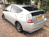 Toyota Prius 2006 (06reg) Hybrid, Automatic, Free Road Tax, very Economic car.