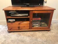 Tv unit wkth storage space