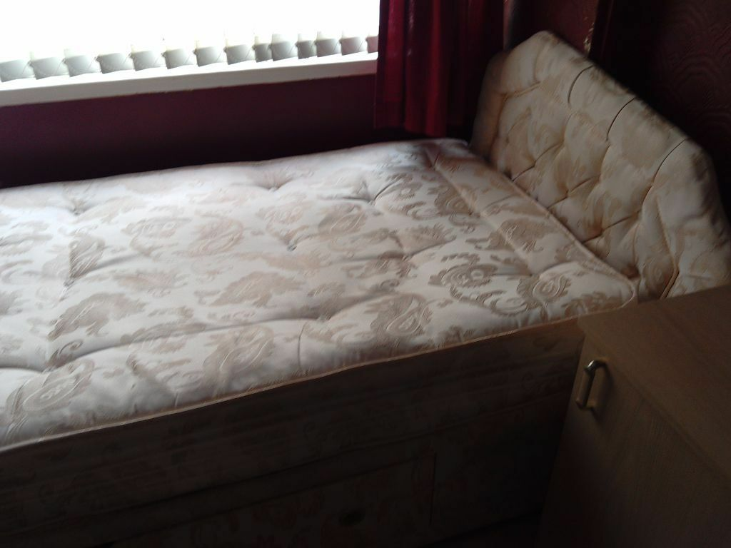 Amazing photo of Used single bed with matching headboard made to measure in  with #211414 color and 1024x768 pixels