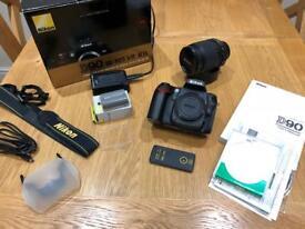 Nikon D90 Digital SLR Camera with 18-105mm VR Lens Kit
