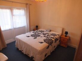 FURNISHED,INCLUSIVE OF BILLS,SINGLE OCCUPANCY ONLY A large, private room, now available for £490 pcm