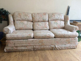 FREE: 3 piece Sofa Suite, very good condition