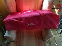 Red kite travel cote