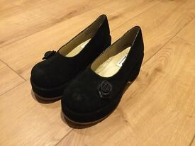 Black Deerskin 6.5cm High Shoes (UK 5/ EU 38)