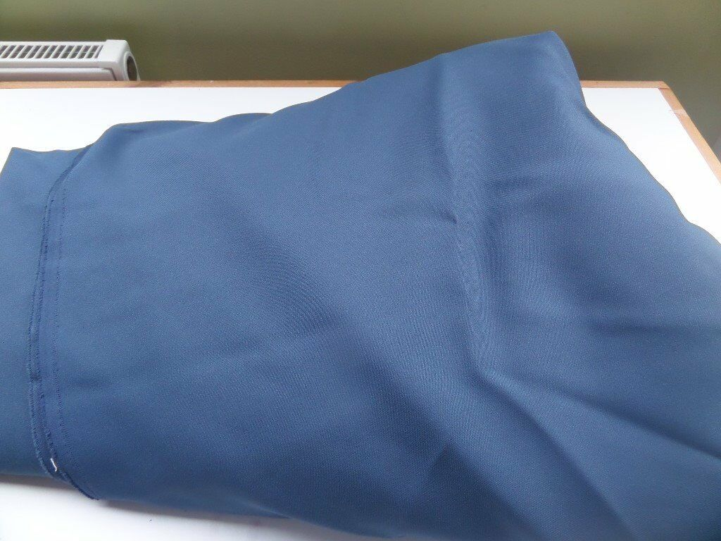 Petrol Blue lightweight suiting 10mtrs x 150cm