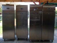 Single door upright foster fridge for shop cafe restauarabt bakery takeaway single door fridge use