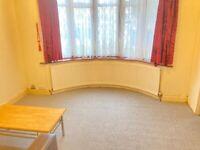 Converted New Ground Studio Flat Shower Eat In Kitchen Door Patio Drive IncludesBills VeryNearBus