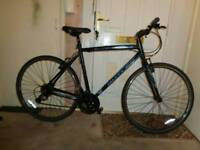 Claud butler ( urban 300) aluminium hybrid Road bike