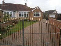 BARNBY DUN - 3 BED SEMI-DETACHED BUNGALOW IN QUIET PROMINENT POSITION ON LARGE PLOT
