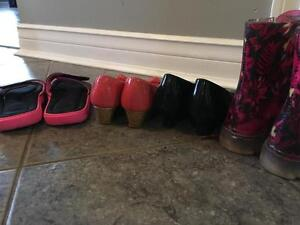 Girls size 12 to 13 shoes and rain boots Kingston Kingston Area image 2