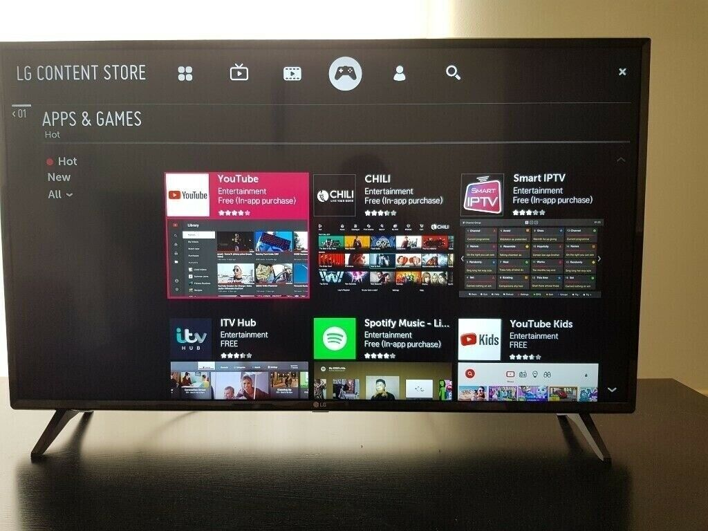 43 inch High end 4k smart TV LG wifi Netflix YouTube Rakuten freeview apps  etc check out my ads | in East End, Glasgow | Gumtree
