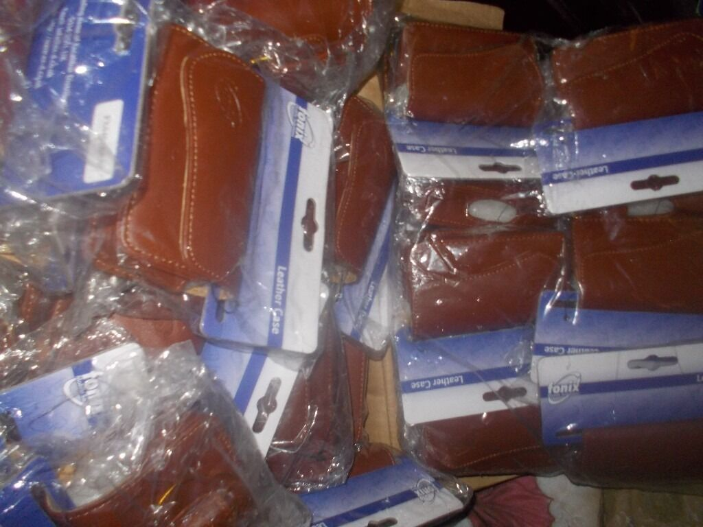 150 x BRAND NEW GENUINE LEATHER MOBILE PHONE COVERS / CASES - CLACTON CO15 - JOBLOT